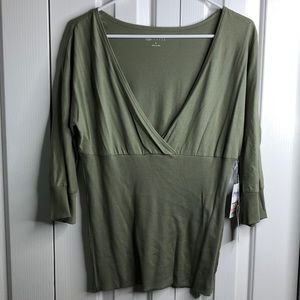 3/$15 NWT Carole little sz L green 3/4 sleeve top
